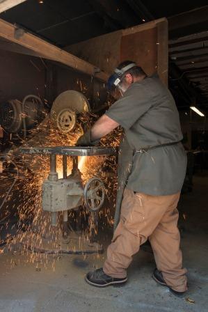 Non-ferrous metal casting cut off
